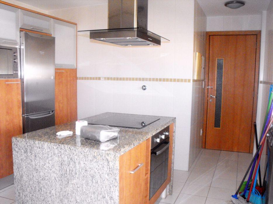 Arrendamos Apartamento T2 Condomínio Noblesse de Talatona Talatona - imagem 1