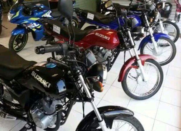 Vendo Mota e Moto de Marca Suzuki