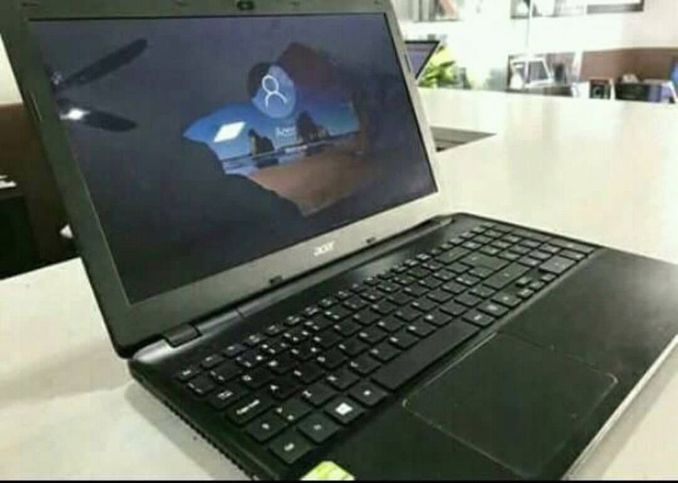 Computadores novos a venda
