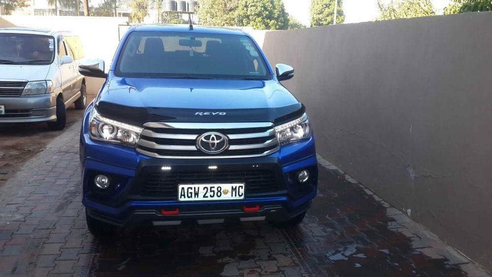 Toyota | Revo | 2017 | Automático | Diesel | 2.8cc | 4×4 | Super Clean