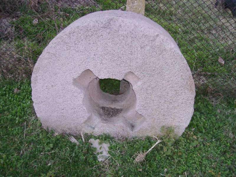 воденични камъни