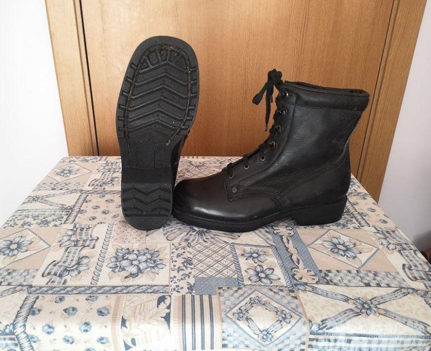 Обувки тип - Кубинки