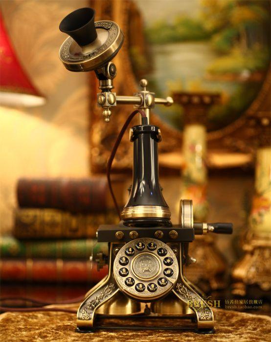 Телефон в стиле ретро Paramount GRAND EIFFEL TOWER 1884