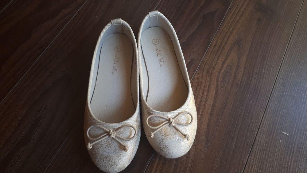 Pantofi marimea 31