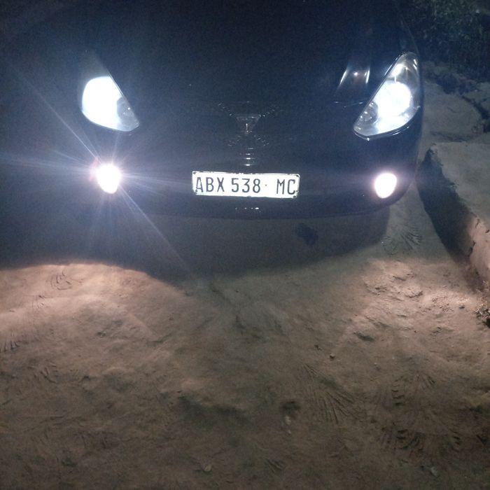 Toyota Caldina 1.8 vvt-i em óptimas condições, suspensão nova,