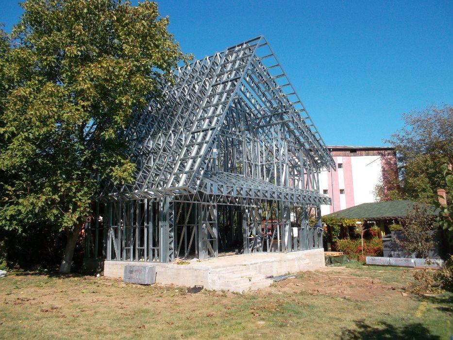 Case pe structura metalica usoara ''la cheie''