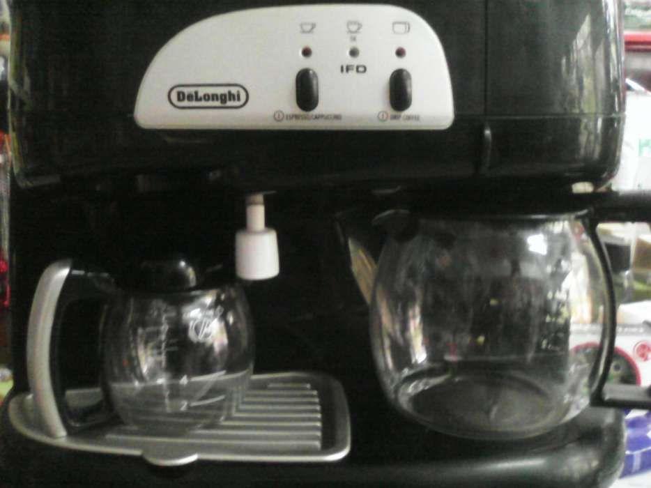 Expresor DeLonghi cafea