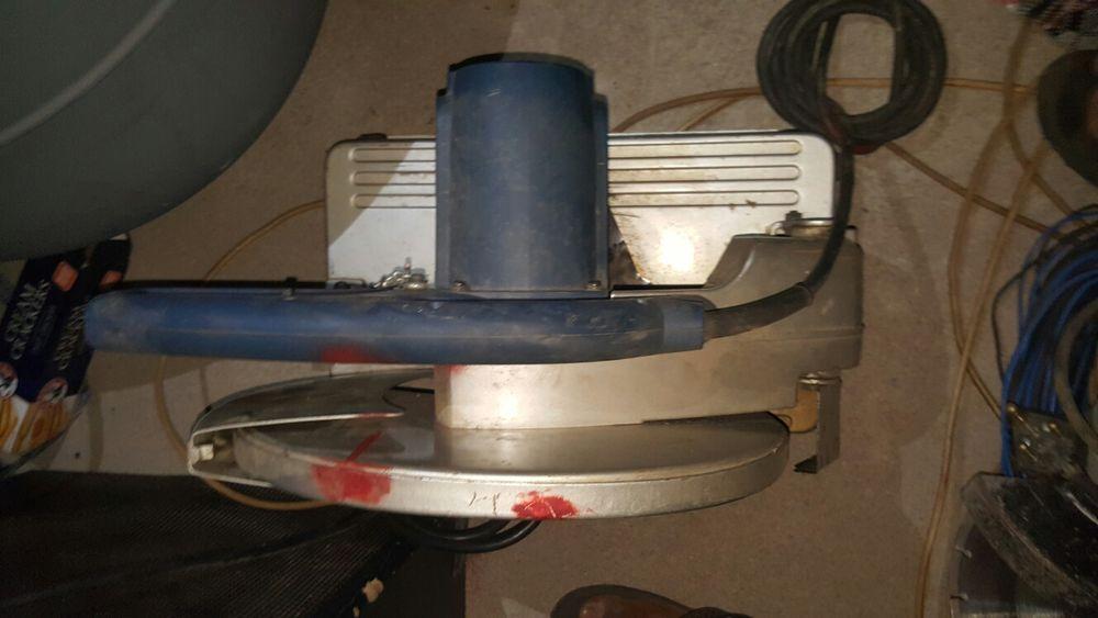 Maquina de cortar tijoleira Ryobi