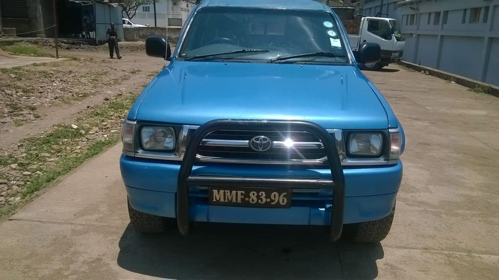 Vendo Toyota Hilux. 3000 KZTE