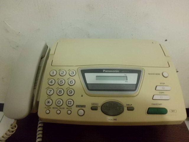 Телефон-факс Panasonic KX-FT71