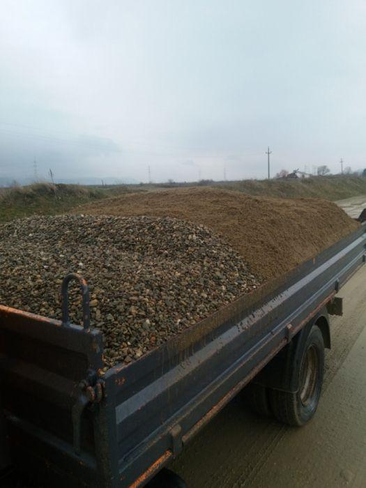Nisip piatră amestec moloz