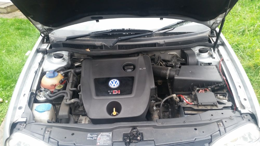 Motor VW Golf 4 cod ASZ 131 cai an 2003