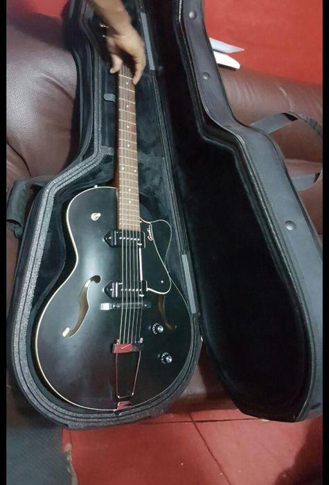 Guitarra electroacustica á venda