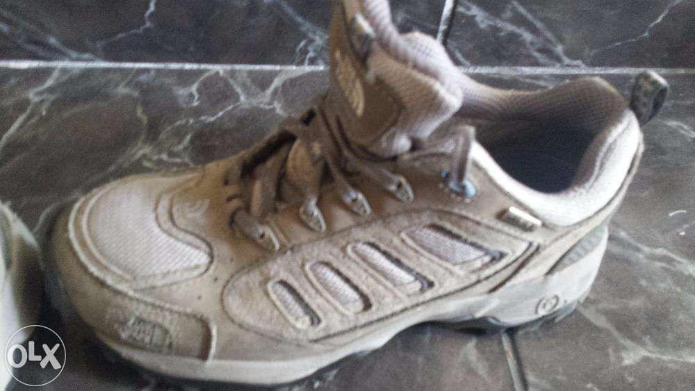 Adidasi North Face nr 41