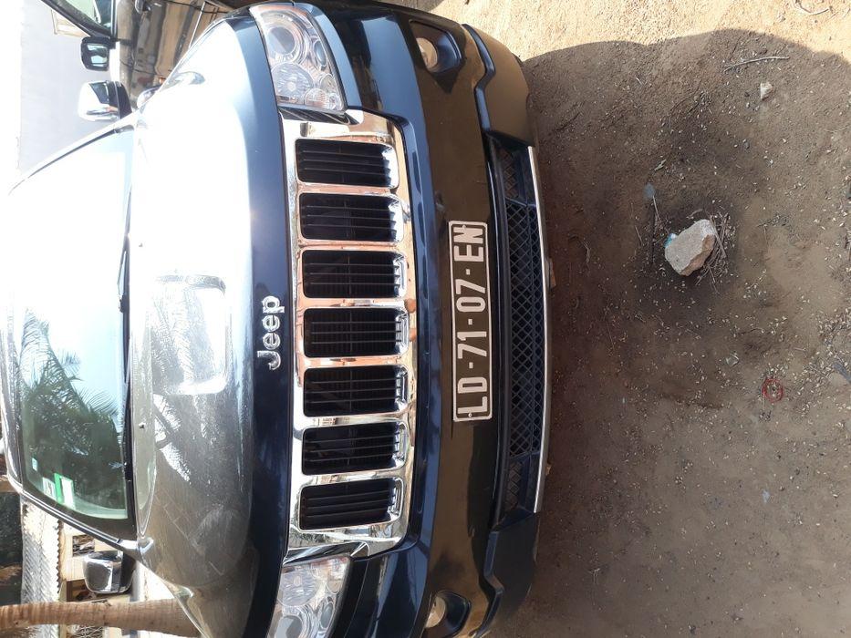 Vende-se Jeep Grand cherokee motor V8