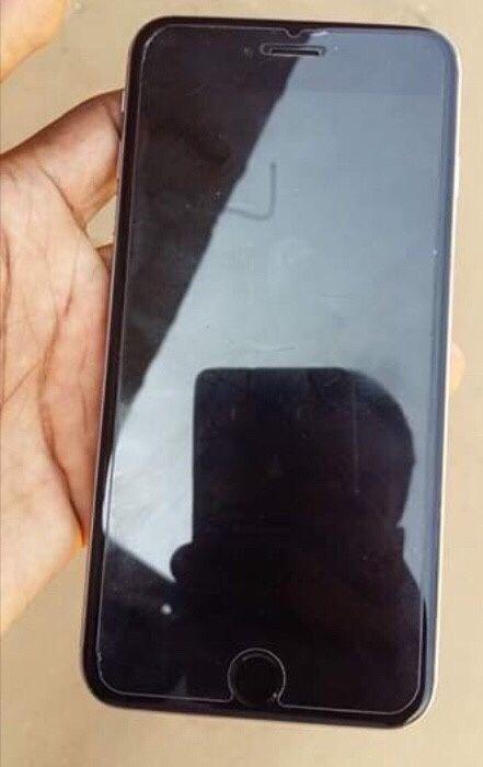 IPhone 6 Plus há venda