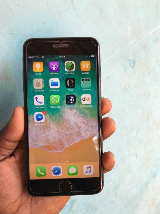 iPhone 8 plus com 64gigas super limpo com oferta de pasta , cabo e pr Malhangalene - imagem 5