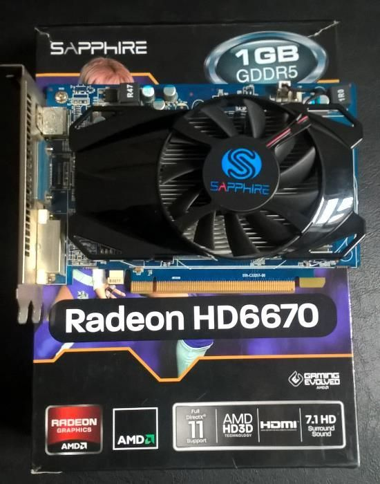 Vand / schimb placa video Sapphire Radeon HD6670, 1GB DDR5