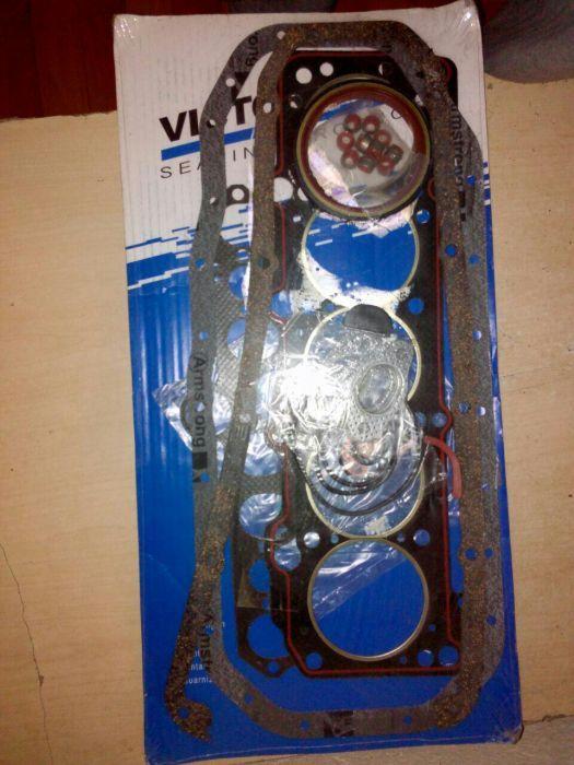 Рем комплект двиготеля на Митсубиши и Ауди 5 цил.