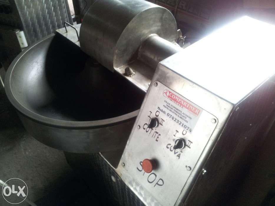 Utilaje carmangerie ,panouri termoizolante, profile sanitare