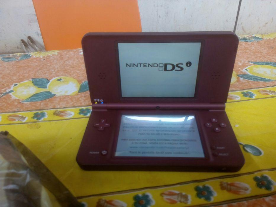 Vende-se Nintendo DS XL nova