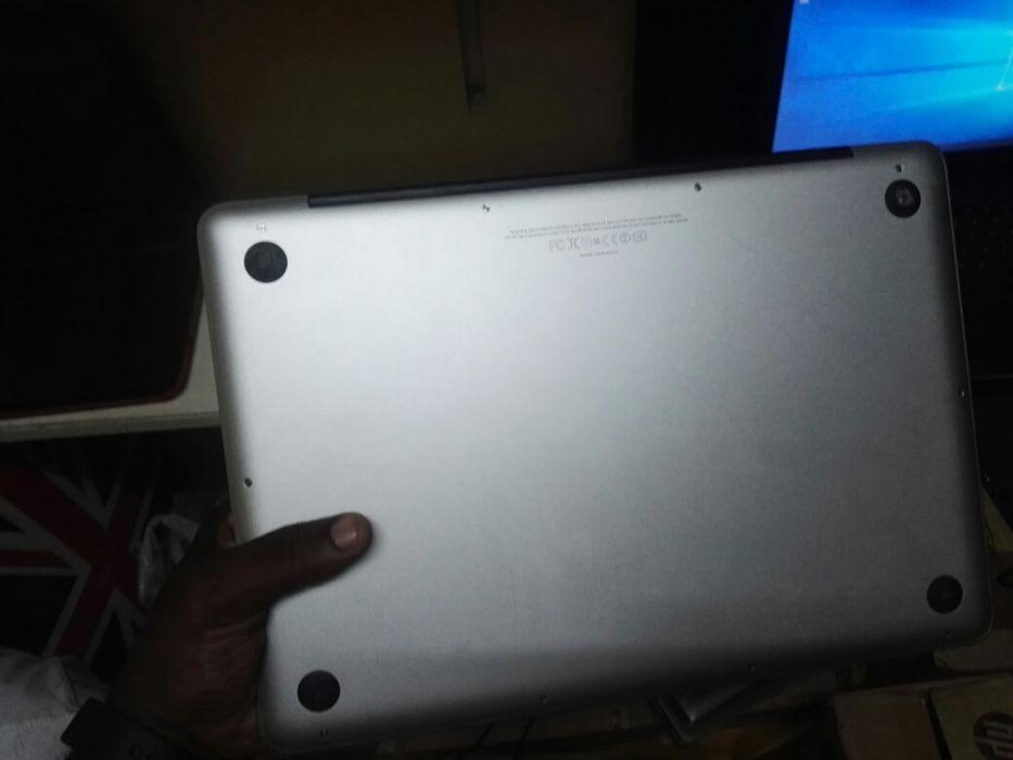 MacBook Pro 13 versão 2012 Core i7 4GB RAM 500GB HDD limpo Camama - imagem 3