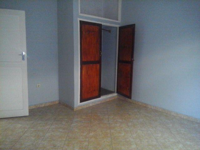 Arrenda se casa tipo 3 na liberdade perto de foto matomane Bairro do Jardim - imagem 5