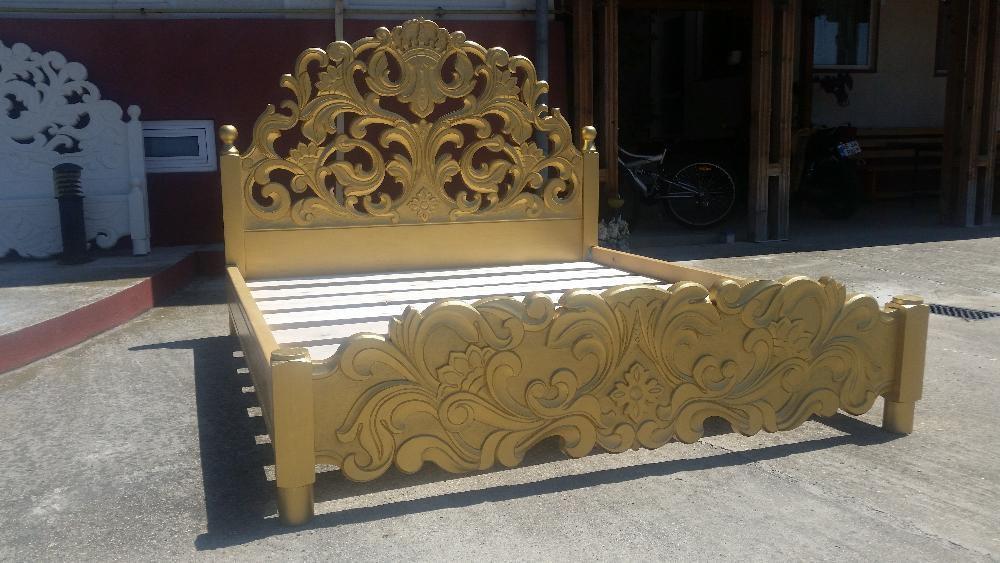 Pat dormitor sculptat auriu