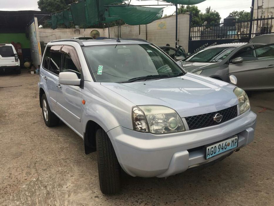 Nissan xtrail 4x4 limpo