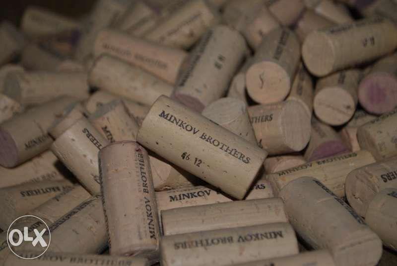 Продавам коркови и стъклени тапи от вина и шампанско, всякакви видове! гр. София - image 3
