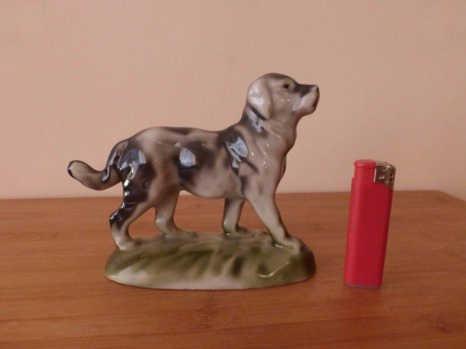 Порцеланова фигура Куче 1960 г