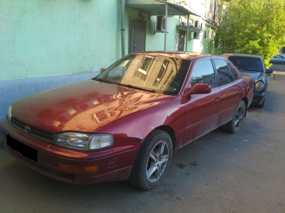 Продам Тойота Камри VX10,авто на запчасти.