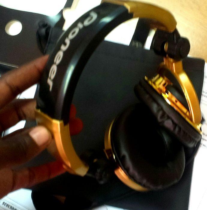 Vendo headphone Pioneer hdj 1000 para djs profissionais Dourado