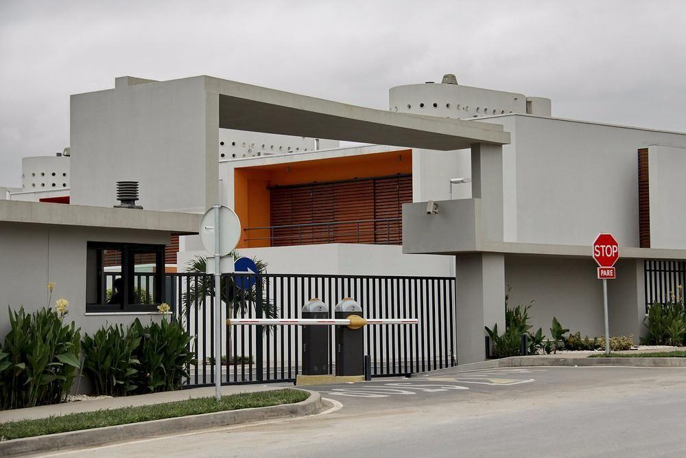 Vivenda T4 Condomínio Adelaide