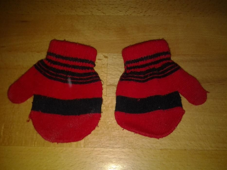 Rosu & Negru manusi copii 1 - 2 ani