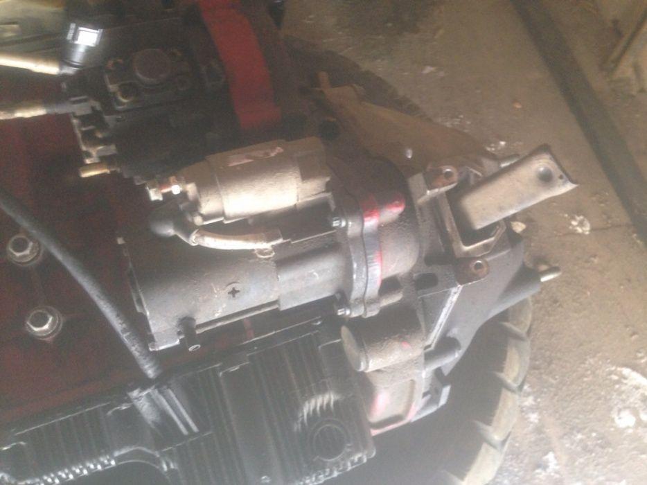 На camminsc 2,8 камменс двигатель генератор стартер поршен блок голов