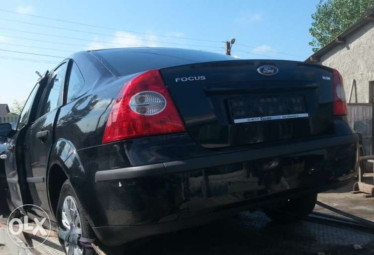 Dezmembrez Ford Focus II Sedan 2007, 1.6 TDCi