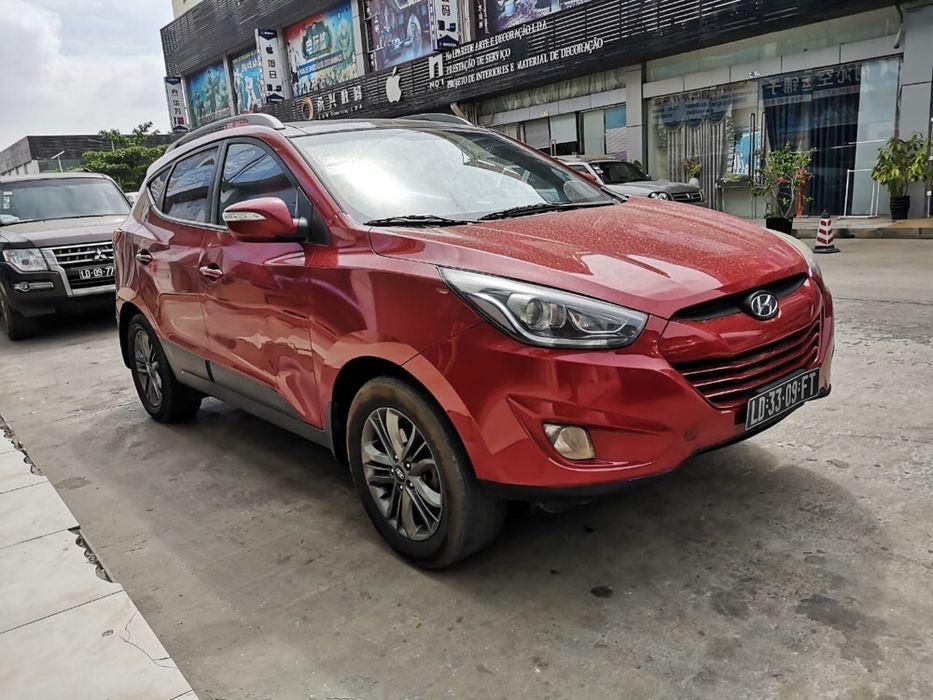 Hyundai Tucson impecável carro bem cuidado