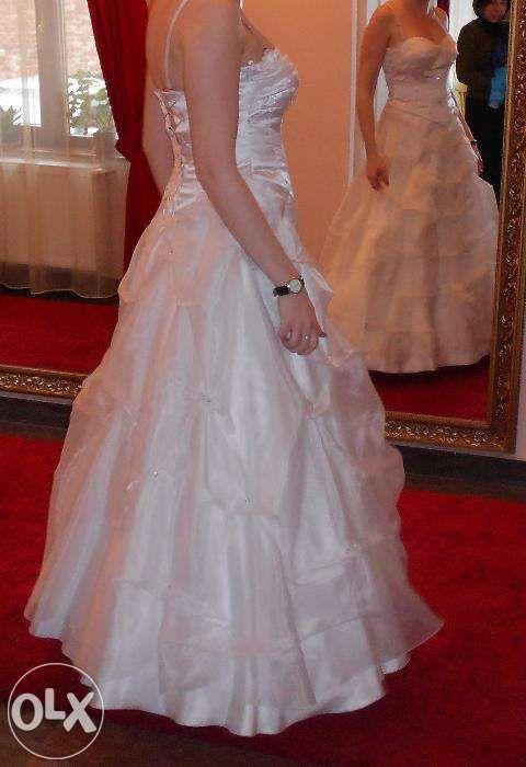 Rochie de mireasa din 2 piese - corset si fusta