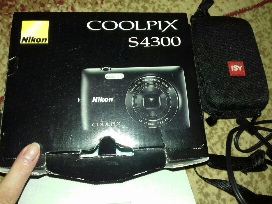 Aparat foto digital Nikon Coolpix S4300 16 MP