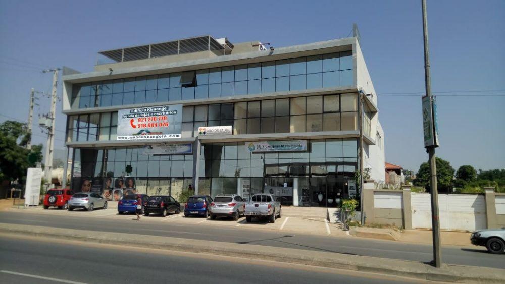 myhouseangola.com Vende Loja 170 m2 no Patriota - Edifício Kissange