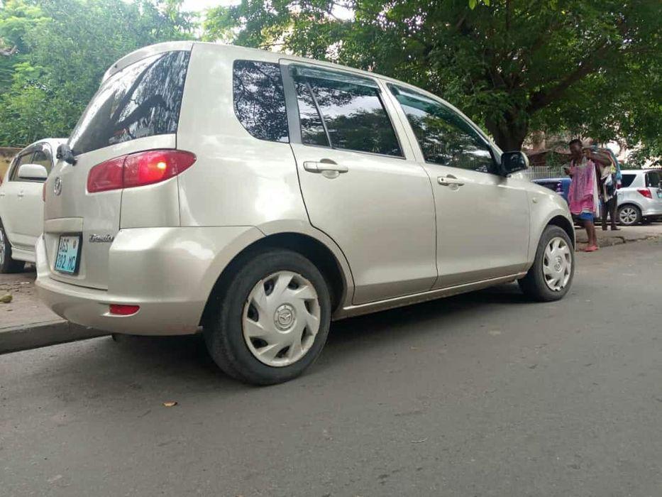 Mazda demio Bairro Central - imagem 4