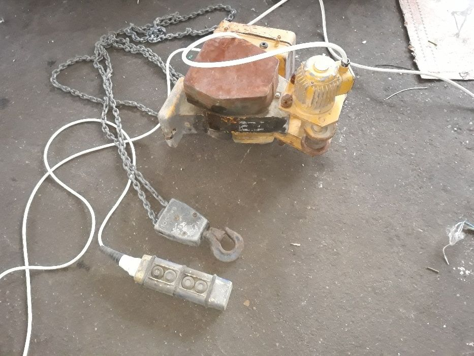 Vind electropalan cu carucior electric de 1000kg