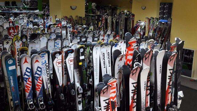 Ski si snowboard (schi, placa ,boot,,casca,clapari,bete,imbraminte )