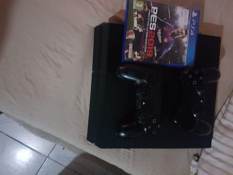 Vendo essa PS4 Maianga - imagem 1