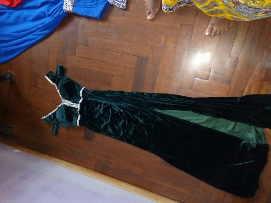 Vestido de gala verde veludo