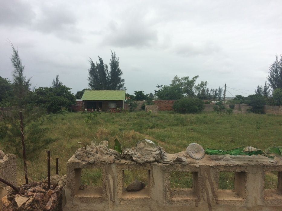 Romao 50\80 Vedado a BERMA DA ESTRADA Rua da Linha Ferrea z.Vip* Maputo - imagem 4