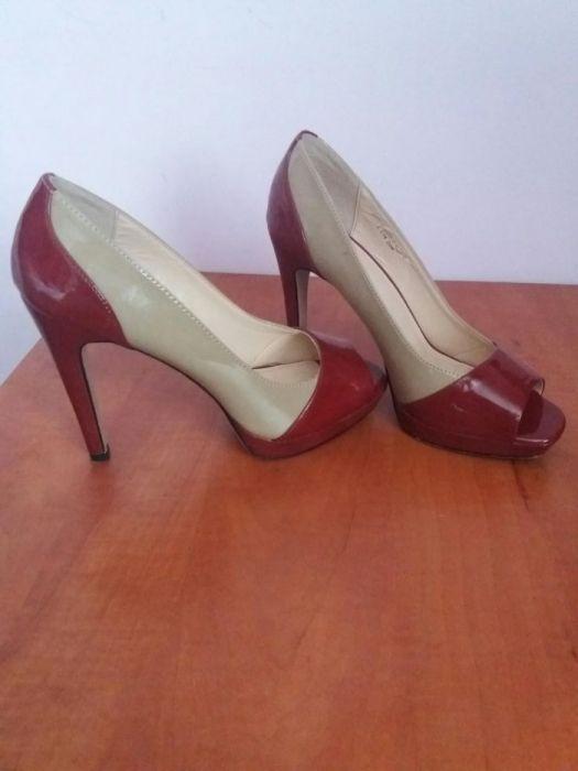 Pantofi marime 39
