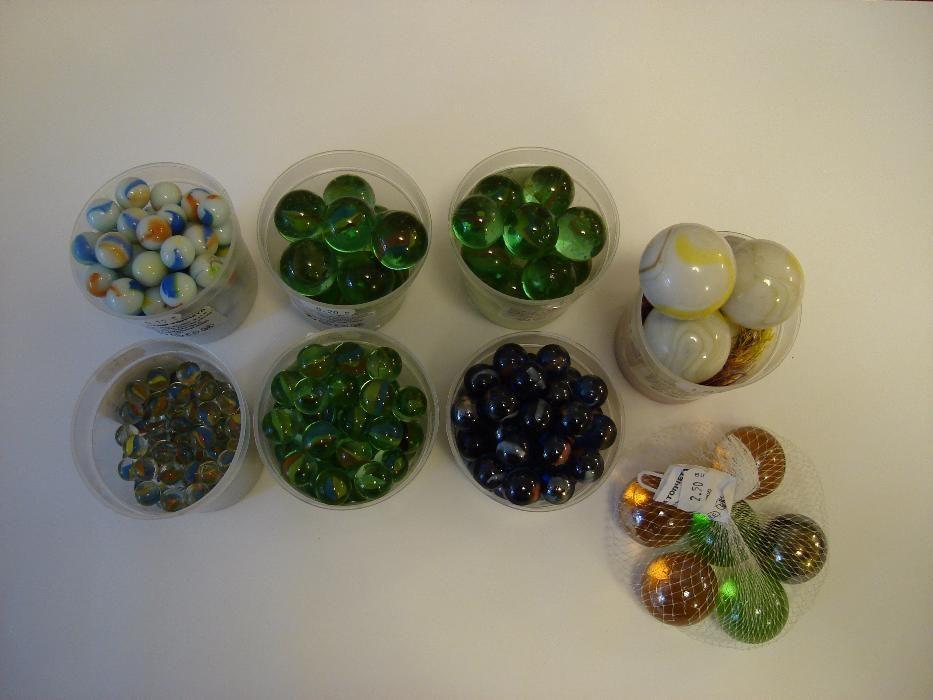 Стъклени топчета