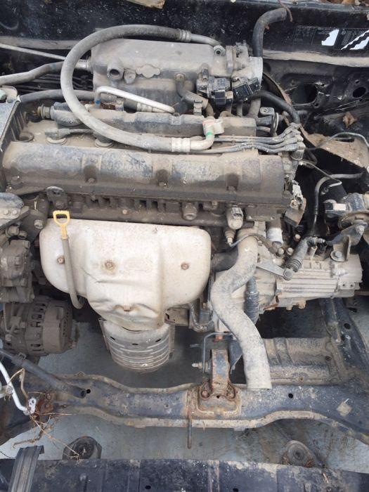 Dezmembrez hyundai coupe din 2004 motor 2.0 benzina
